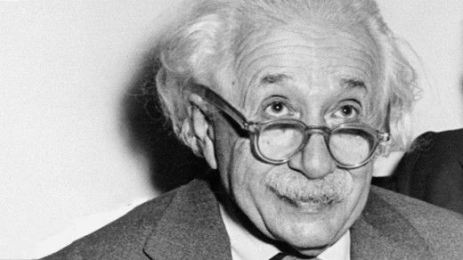 15 Contradictory Albert Einstein Quotes About God