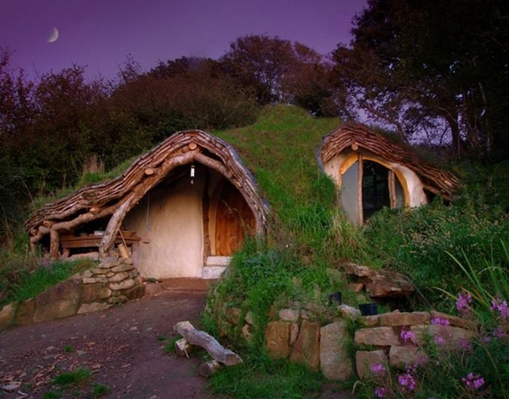 hobbit house - Smallest House In The World 2015