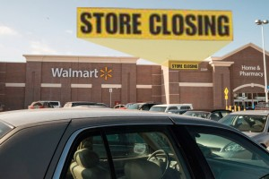 18 Upsetting Photos Of Walmart Stores Closing Down