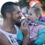 Super Dad Wins Half Marathon While Pushing Daughter's Stroller